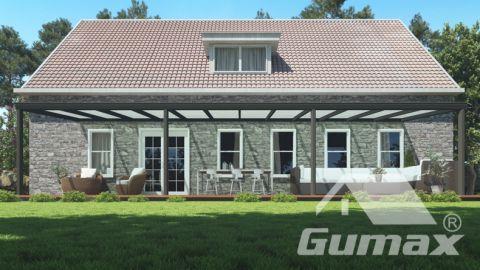 Klassieke terrasoverkapping in mat antraciet van 12,06 x 2,5 meter met melkglas dak