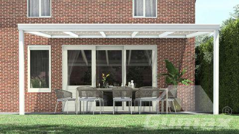 Klassieke terrasoverkapping in mat wit van 5,06 x 3,5 meter met heldere polycarbonaat