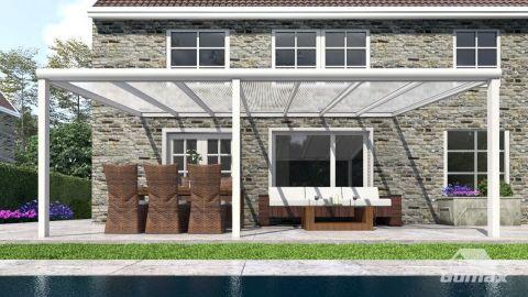 Gumax terrasoverkapping vooraanzicht 7.06m breed x 3.5m diep modern crème met helder polycarbonaat dak