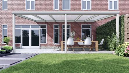 Klassieke terrasoverkapping in mat wit van 6,06 x 4 meter met heldere polycarbonaat - Tuinmaximaal