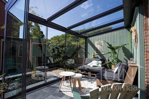 Je terrasoverkapping inrichten als lounge ruimte in vijf stappen